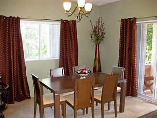 Playa del Carmen condo photo - Plenty of room for 6 at the dining table.
