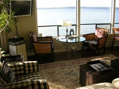 Upper Level Unit: Comfy furnishings and beautiful views of the ships going by.