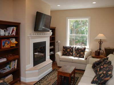 Dupont Circle apartment rental - Light Filled Living Room