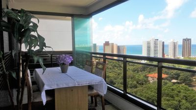 Beautiful apartment with sea views, sleeps family with child in the Patamares Beach