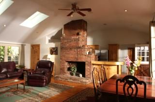 Beautifully furnished short term house rental