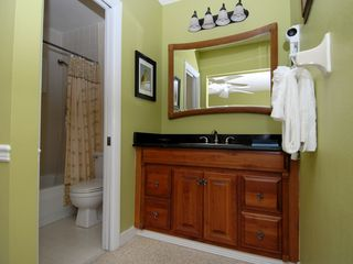 Sanibel Island condo photo - Updated baths