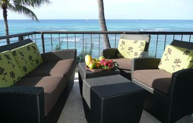 Comfortable 200 sq ft lanai with spectacular ocean views from sunrise to sunset