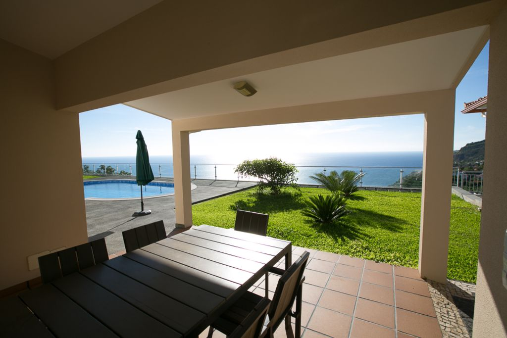 Luxury house, great guest reviews, close to the sea