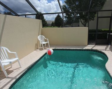 Your own private pool - can be heated in cooler months