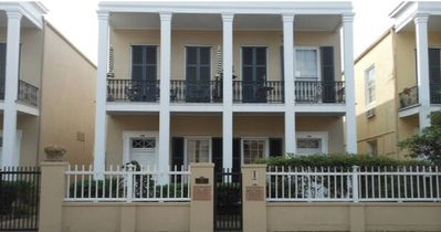 Ideal French Quarter Townhouse