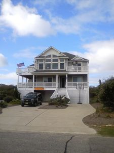 Corolla house rental - Plenty of decking with outstanding views and plenty of ocean views.