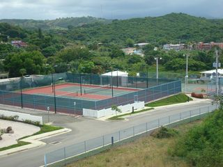 Fajardo condo photo - Lighted tennis courts free of charge
