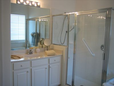Mater Bath/ shower (handicap bars, wall and hand shower)