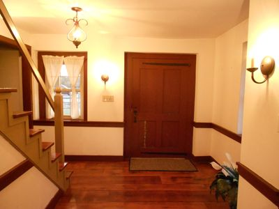 Lancaster cottage rental - The entry to this cozy cottage has plenty of old world charm.