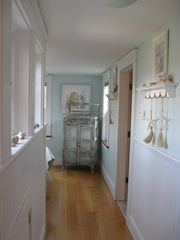 Green Hill cottage photo - Seashell BR Feels as If the Beach Has Surrounded Your Bed