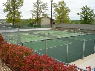 Branson condo photo - Lighted tennis courts