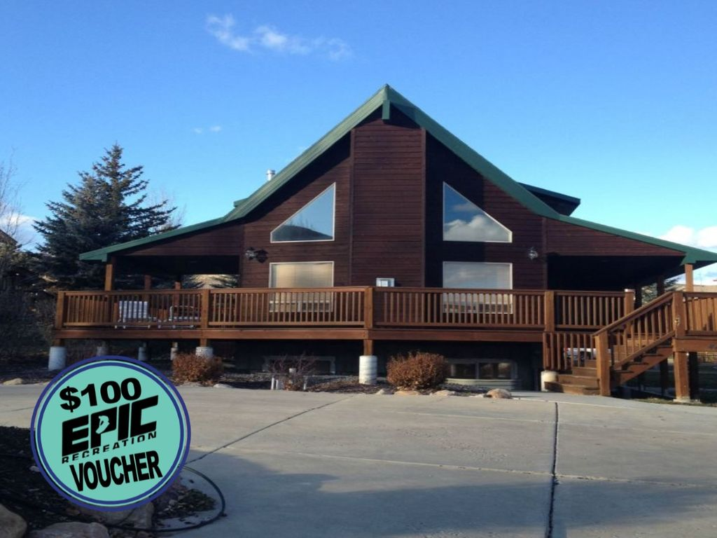 Mackinaw cabin log cabin with lake view and vrbo for Cabin rentals mackinaw city