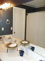 Gulf Shores house photo - Upstairs Bathroom. Shared by both bedrooms.