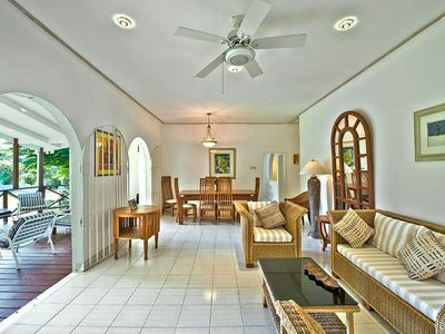 Mullins Bay villa rental - Living / dining room - in wood & seagrass