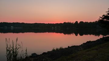 Arrowhead Lake house rental - Beautiful sunset from backyard