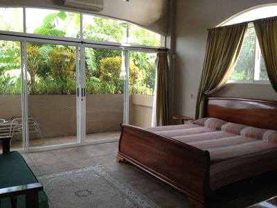 Playa Flamingo villa rental - S.E. master bedroom. Garden view