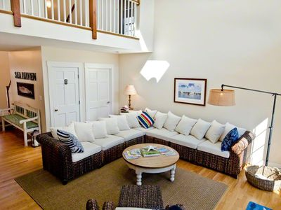 Edgartown House Rental: Sea Haven: Coastal-style Retreat With Pool ...