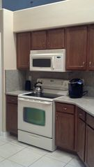 Orange Tree house photo - Kitchen with granite counter top