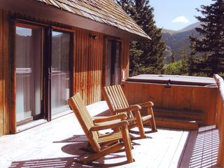 Breckenridge house photo - Our Very Private Hot Tub has vertical massagers.