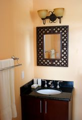 Providenciales - Provo cottage photo - En Suite Bathroom