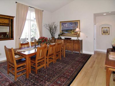 Dining Room adjacent to lv rm & fireplace) has city views over forest area!