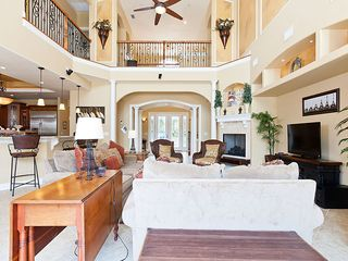 Ormond Beach house photo - Sit back and take in the spacious living room