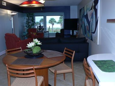 Dining & Living Rooms and the Lanai
