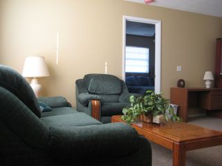 Port Charlotte house photo - Comfortably Furnished Living Room