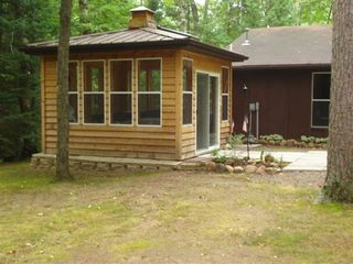 Lakewood cabin photo - outdoor enclosed 6 person Jacuzzi Spa