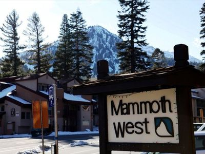 Walking distance to the lifts at Mammoth Mountain's Canyon Lodge!