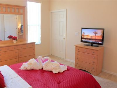"Queen bedroom with 32"" LCD screen"
