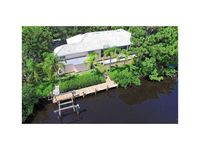 Spectacular Waterfront 3B/3B w/private 106' dock