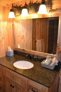 Kidd Island Bay cabin rental - Basement bathroom with new tile shower.