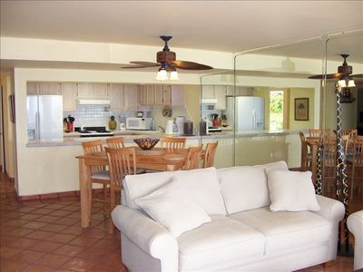 Calafia condo rental - Great Room with Large Modern Kitchen