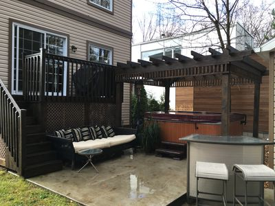 Family friendly Beach House/ Hot tub/wifi/ fire pit/25 minutes from Old Quebec