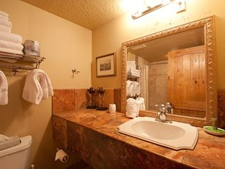 Deer Valley condo photo - Private bathroom for second bedroom.