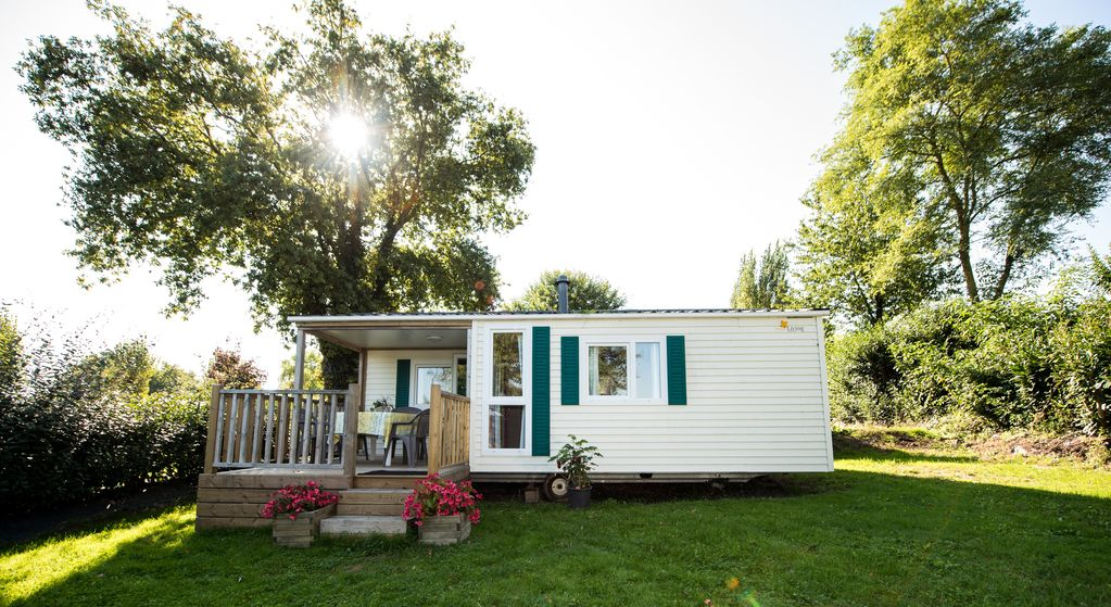 First line self catered mobile home chalet vrbo for Mobil chalet