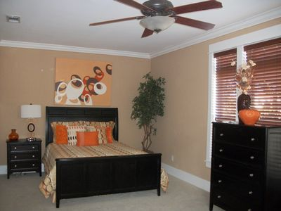 Miramar Beach house rental - 1st Level Royal Queen's Suite - Queen Bed (1 of 2)