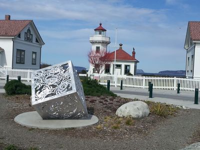 Plenty of place to explore! Lighthouse at Mukilteo ferry terminal.