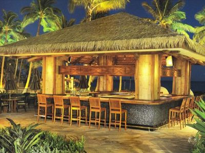 Beach Villas Guest-Only beachfront Bar (serves smoothies too!)