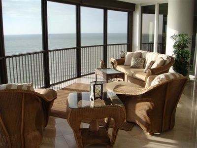 Beachfront Screened Lanai Terrace!
