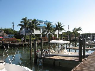 Tavernier condo photo - Cafe and Marina with Launch Ramp