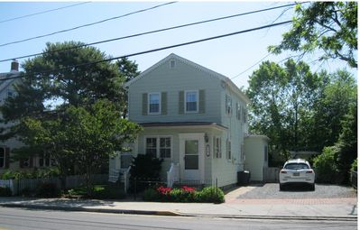 Newly Renovated,Walk to Ocean, Shops and Restaurants, Lovely Fenced