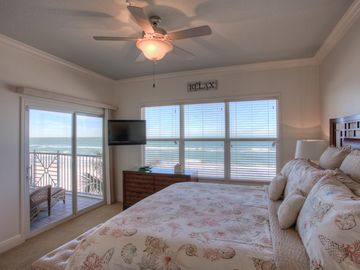 Master Bedroom - Amazing Views of the Ocean