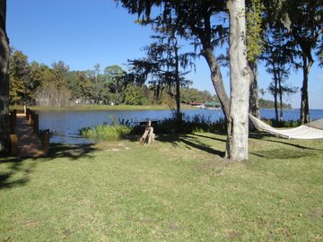 Pivate 2.8 acres/Private Boat Ramp/Electric Docks, 2 Hammocks/Fish Cleaning Sink