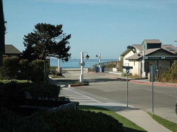 Carpinteria condo rental - Beautiful ocean, sunset & mountain views. Across the street from Nature Park.