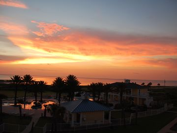 Galveston condo rental - Sunset Escape balcony view