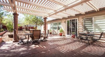 Temecula house rental - Lovely patio area with outdoor seating for 8-10 people.