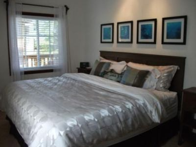 romantic, lovely, large master suite with King, airy, modern, wall TV, iPod ...